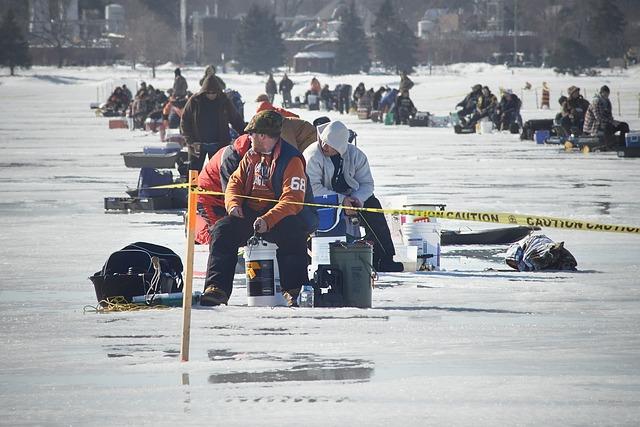 łowienie ryb pod lodem